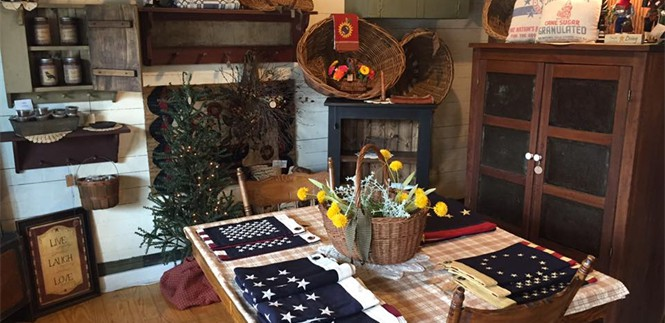The Country Cupboard Laughlintown Pa, Country Primitive Kitchen Furniture
